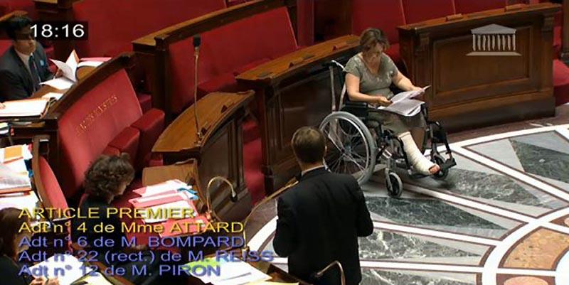 Assemblée Nationale : impossible en fauteuil !