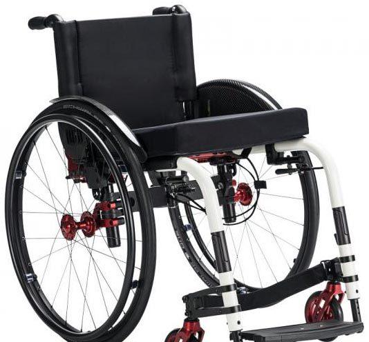 Un fauteuil rigide ultra-pliable