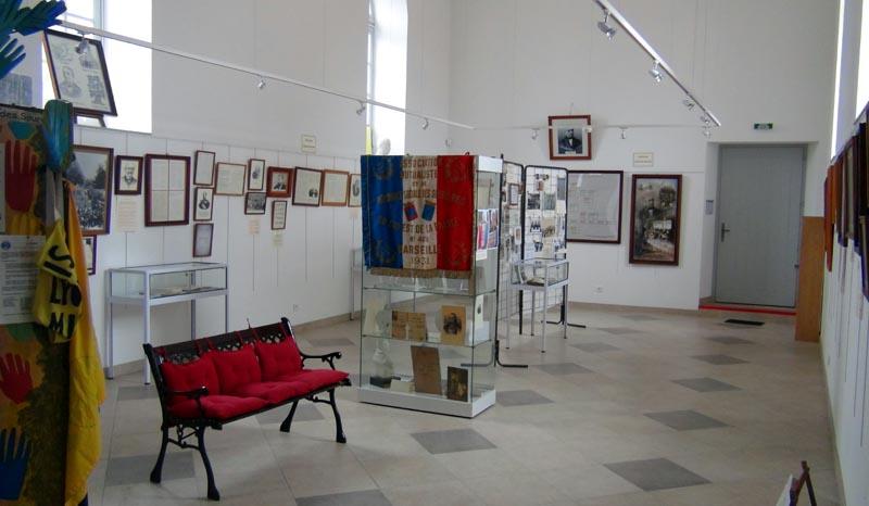 Au musée des Sourds