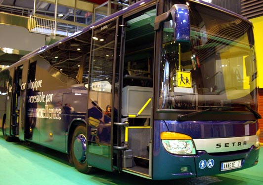 autocar accessible