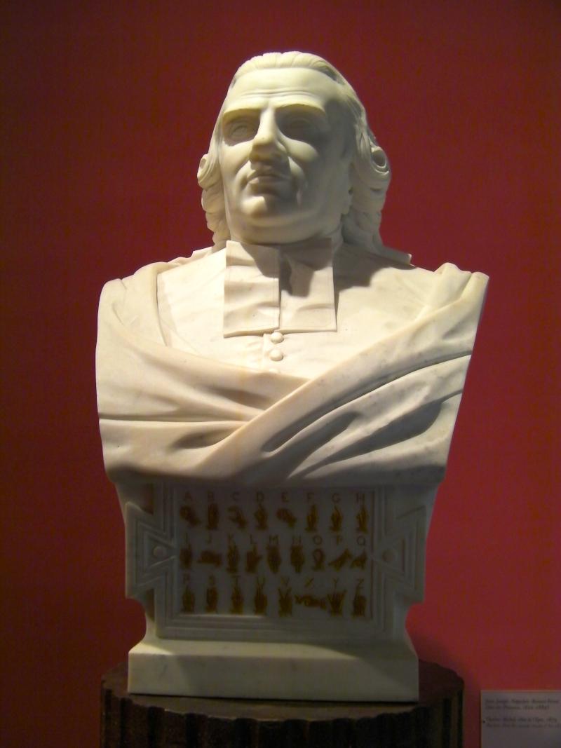 Buste de l'Abbé de l'Épée, fondateur de l'institut des Sourds de Paris, par Ferrat (musée Granet d'Aix-en-Provence) ©Yanous.com