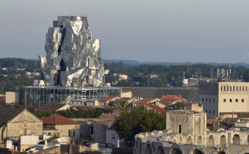 Arles, entre tradition et modernité