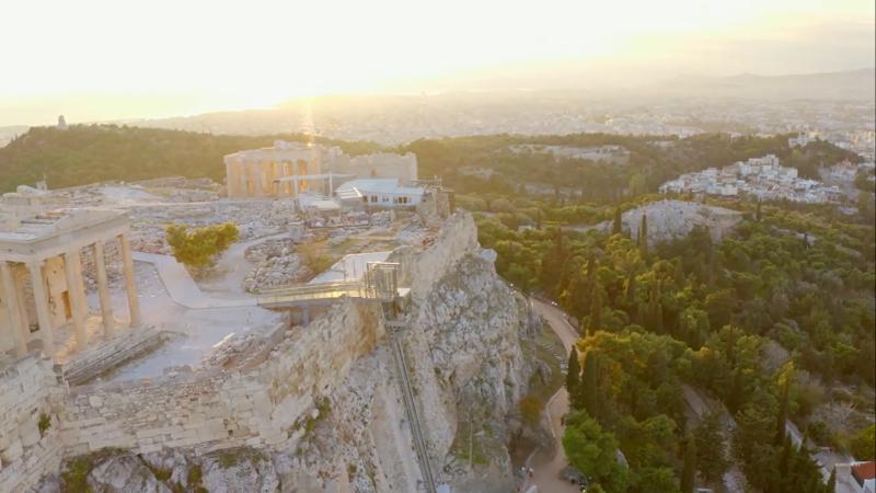 Athènes, l'Acropole et son nouvel ascenseur