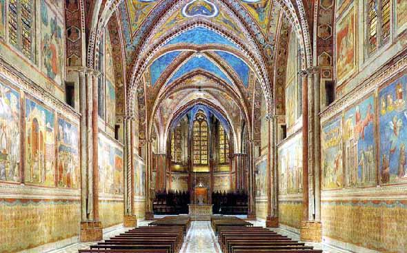Assise, nef de la basilique supérieure.