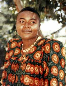 Monique Bessomo, poétesse et militante