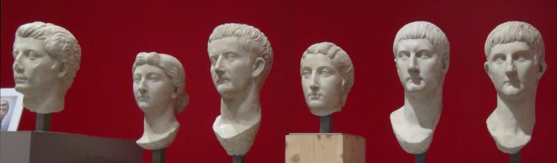 Bustes d'empereurs au musée Saint-Raymond de Toulouse ©Yanous.com