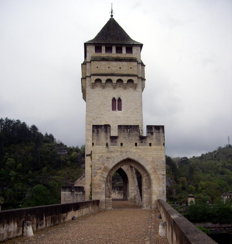 Cahors, le pont Valentré ©Yanous.com