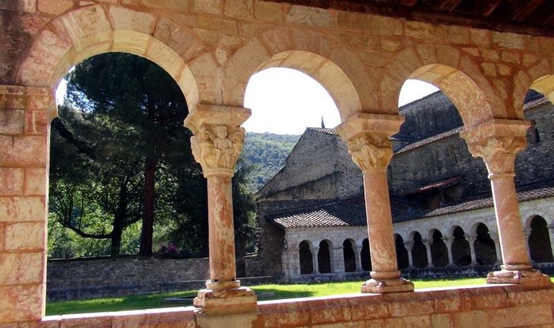 Cloître de l'abbaye Saint-Michel de Cuxa