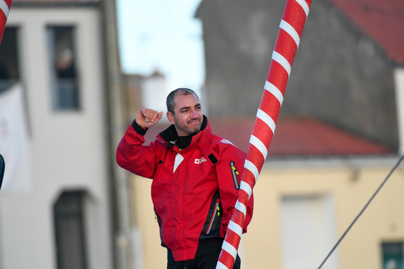 Damien Seguin au départ du Vendée Globe ©Olivier Blanchet