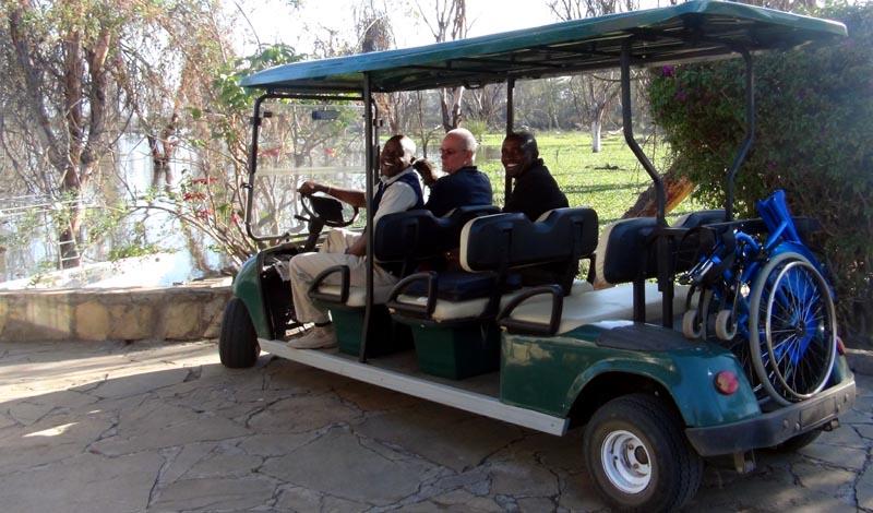 En voiturette au parc de Naivasha