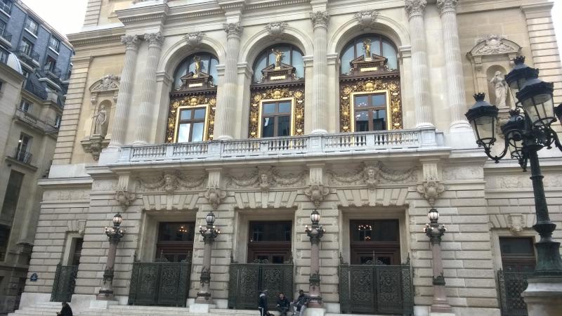Façade de l'Opéra Comique