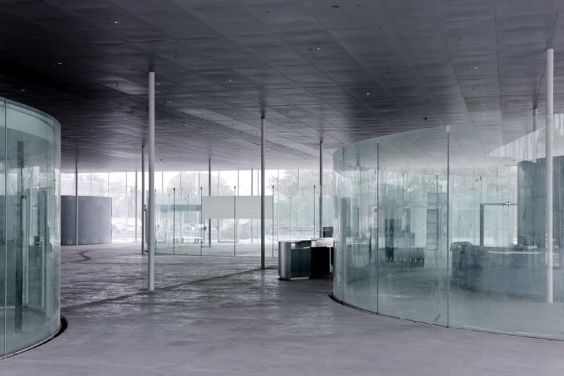 Hall du Louvre Lens