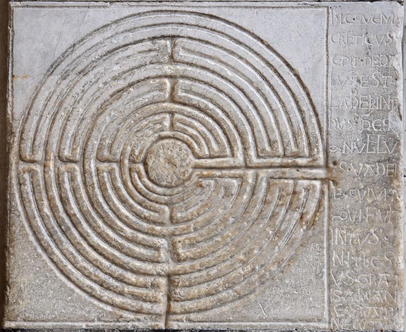 Labyrinthe de la cathédrale de Lucques ©Myrabella - Wikimedia Commons