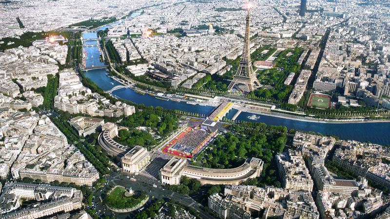 Paris, futur parc olympique de la tour Eiffel ©-luxigon
