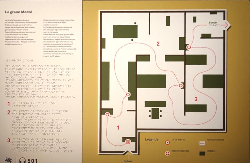 Plan tactile, noir et braille de l'exposition le Grand Mézzé