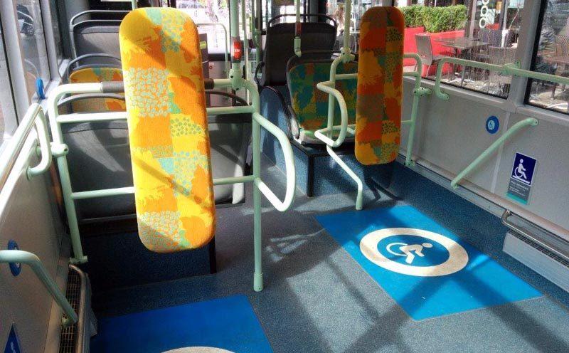 Des voyageurs handicapés au service des autres