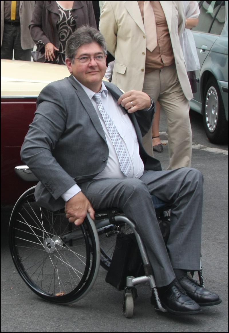 Thierry De Koninck en fauteuil roulant